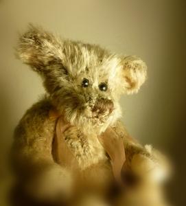 1372775_old_teddy_bear